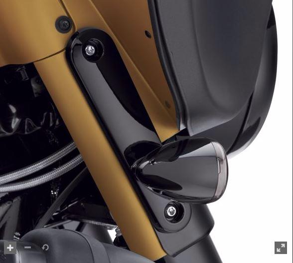 Front Bullet Turn Signal Mount Kit -14later FLHX models 67800706
