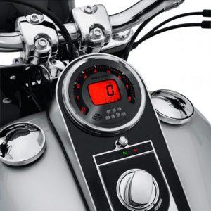 Combination Digital Speedometer/Analog Tachometer 70900183