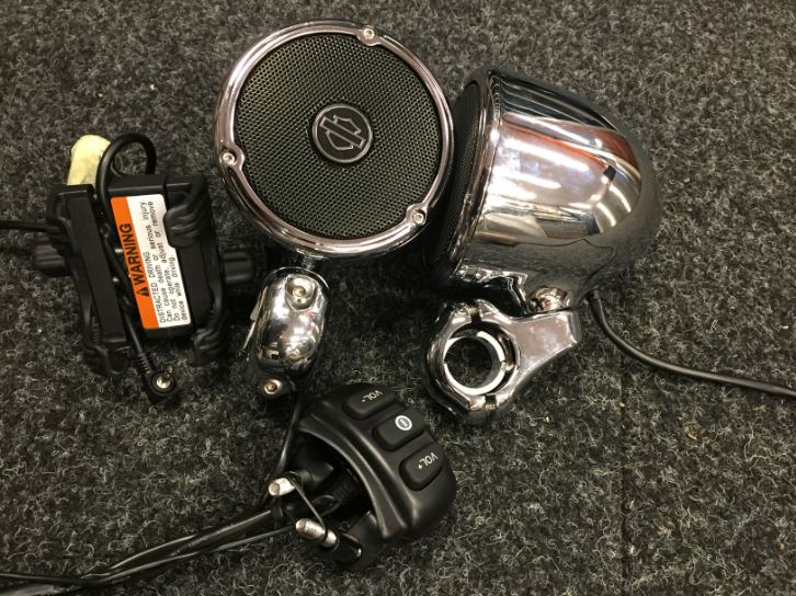 'USED' Boom! Audio Cruiser Amp and Speaker Kit - Chrome